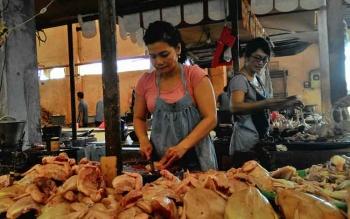 Ayam Ras masih Rp40.000 per Kilogram