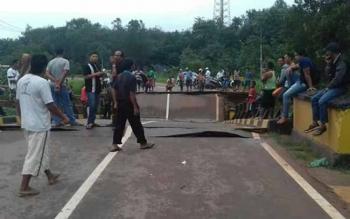 Jembatan Ambruk, Jalur Sampit-Pangkalan Bun Tidak Bisa Dilalui