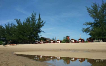 Acara Malam Pergantian Tahun Juga Digelar di Pantai Ujung Pandaran