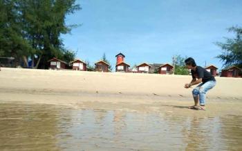 Sore Jelang Malam Pergantian Tahun, Penjagaan Pantai Ujung Pandaran Diperketat