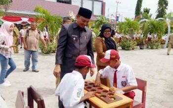 Kepala Sekolah Harus Tingkatkan Layanan Pendidikan Bagi Masyarakat