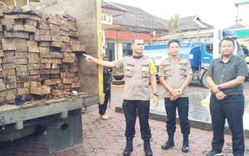 Kapolres Barito Utara Sebut Cukong Kayu Masuk Daftar Pencarian Orang