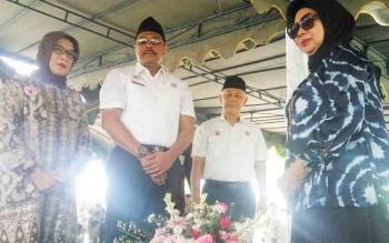 Rombongan BPK RI Ziarahi Makam Tokoh Kotawaringin Barat Mantan Wakil Ketua BPK