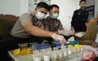 Para Sopir Kendaraan Pejabat Seruyan Jalani Tes Urin