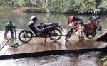 Warga Desa Tumbang Apat dan Tumbang Kolon Minta Bangunkan Jembatan