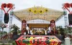 Dekorasi Khas Dayak Hiasi Panggung Hiburan Pernikahan Gubernur Kalteng
