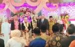 Wakil Presiden Tinggalkan Area Resepsi Sugianto-Ivo di Istana Isen Mulang