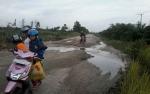 Kerusakan Jalan Kereng Pangi-Baun Bango Akibat Truk Angkutan Sawit