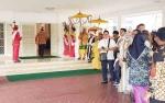 Pengiring Siap Sambut Sugianto Sabran di Pintu Rujab