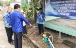 Bupati Barito Utara Serahkan Alat Pemadam Kebakaran Untuk Permukiman