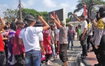 Apel Akbar dan Deklarasi Damai Diikuti Seluruh Paslon di Kalteng
