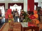 Yulistra Ivo Azhari Dilantik Jadi Ketua Dekranasda Kalteng
