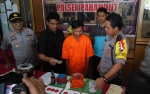 Bandar Judi Dadu Gurak Ditangkap di Dalam Selokan Sempit