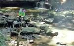 Siswa SMAN 2 Muara Teweh Bersihkan Sampah di Wisata Air Terjun Jantur Doyan