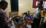 5 Wanita Diamankan dari Warung Kopi dan Karaoke di Km 16