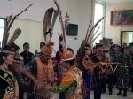 Ketua DAD Berikan Gelar Adat Dayak untuk Kapolri dan Panglima TNI