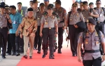 Gubernur Kalteng Bersama Kapolda Sambut Kedatangan Kapolri