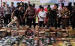 Gubernur dan Kapolda Kalteng Musnahkan Ribuan Liter Miras serta Ratusan Gram Sabu