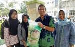Dua Guru Honorer Ini Bicara Soal Pemberian Beras Zakat Harta H Abdul Rasyid AS