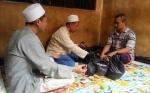 Warga Binaan Rutan Polres Kotim Bayar Zakat Fitrah dari Balik Jeruji Besi