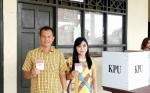Paslon 3 Unggul di TPS Jaya S Monong Mencoblos