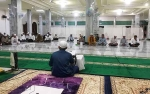 Bupati Ikut Pengajian di Masjid Jami