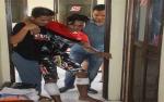 Pencuri Sarang Walet Ini Ditembak