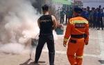 Damkar Barito Selatan Latih Petugas Kesehatan RSUD Jaraga Sasameh Padamkan Api