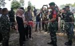 Wakil Ketua DPRD Kota Potong Pita Jembatan Penghubung Petuk Bukit