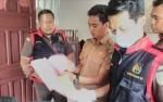 Kejari Kotim Geledah Kantor Desa dan Kecamatan di Bagendang Selama Dua jam