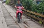 Pemkab Diminta Segera Perbaiki Jembatan Sei Kahat