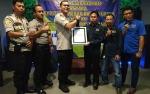 Kapolres Terima Penghargaan Dari PWI Barito Utara
