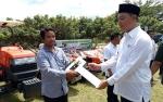 Dinas Ketahanan Pangan dan Pertanian Sukamara Terima Excavator Pinjaman dari Provinsi