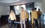 Begini Gaya Karyawan CBI Group Saat Berbusana Kuning
