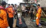 Jasad Pria Telanjang Bulat Mulai Membusuk di Sampit