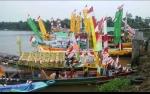 Lomba Kelotok Hias Meriahkan Festival Batang Arut