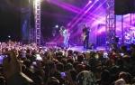 Inilah Video Ribuan Penonton Saksikan Konser Slank di Stadion Sampuraga Pangkalan Bun