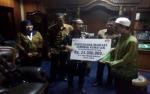 Walikota Serahkan Santunan Kepada Ahli Waris Guru Non PNS