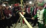 Ketua DAD Provinsi Kalteng Disambut Tradisi Lawang Sakepeng dan Potong Pantan