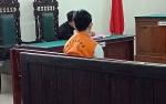 Ancaman Hukuman 15 Tahun Penjara, Hakim Tunjuk Penasehat Hukum Dampingi Penjual Arak