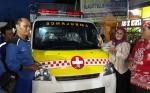 Anggota DPR RI Serahkan Bantuan Ambulans Untuk Kemanusiaan di Kapuas