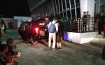 Saksikan Penggeledahan KPK, Sekretaris DPRD Kalteng Enggan Beri Penjelasan