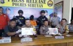 Polisi Tangkap Ibu Rumah Tangga Pengedar Sabu