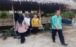 Bupati Nurhidayah Dorong Perkembangan Petani Kopi di Kumpai Batu Atas