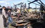 Bangunan Enam Pintu di Kawasan Pelabuhan Rambang Ludes Terbakar