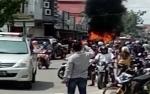 Mobil Terbakar di Pangkalan Bun