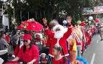 Sambut Natal, Ribuan Umat Kristiani di Kapuas Ikuti Pawai Lilin 2018