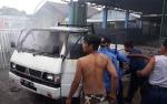 Mobil Pikap Terbakar Gegerkan Warga Kapuas