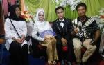 Pemuda 24 Tahun Nikahi Nenek 10 Cucu Bulan Madu ke Banjarmasin