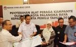 KPU Palangka Raya Serahkan 668 APK kepada Peserta Pemilu 2019